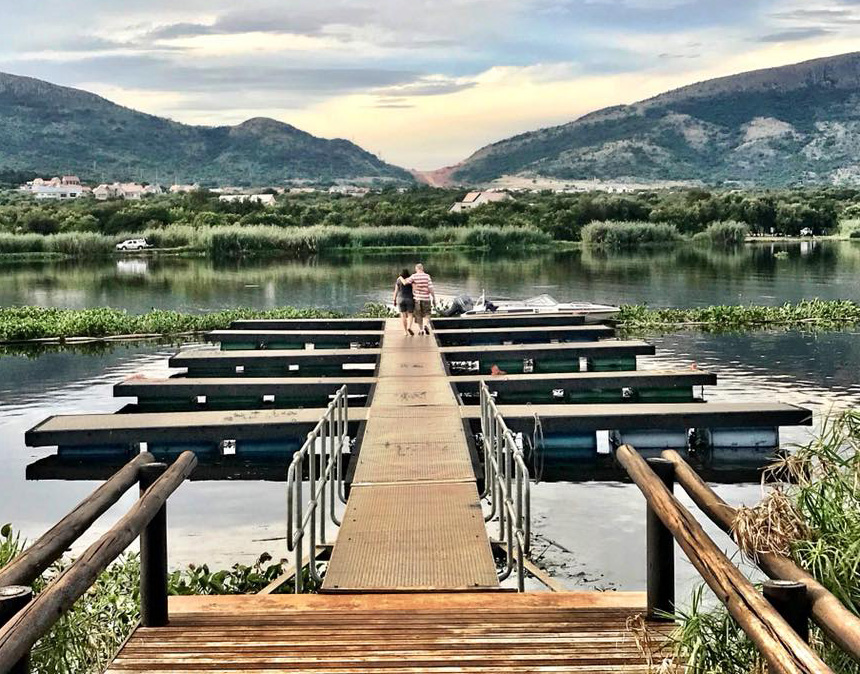Boating at Hartbeespoort estates
